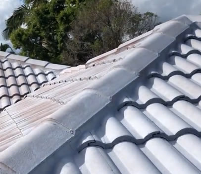 roof restorations gold coast image video-4