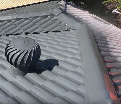 roof restorations gold coast image video-5
