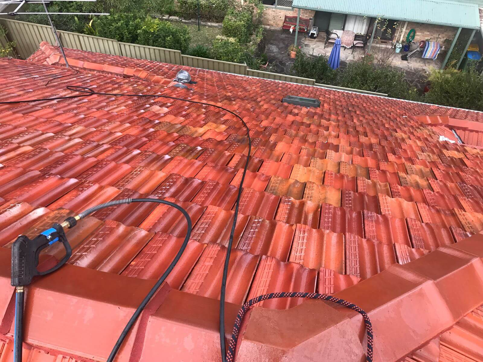 roof restoration service image 586